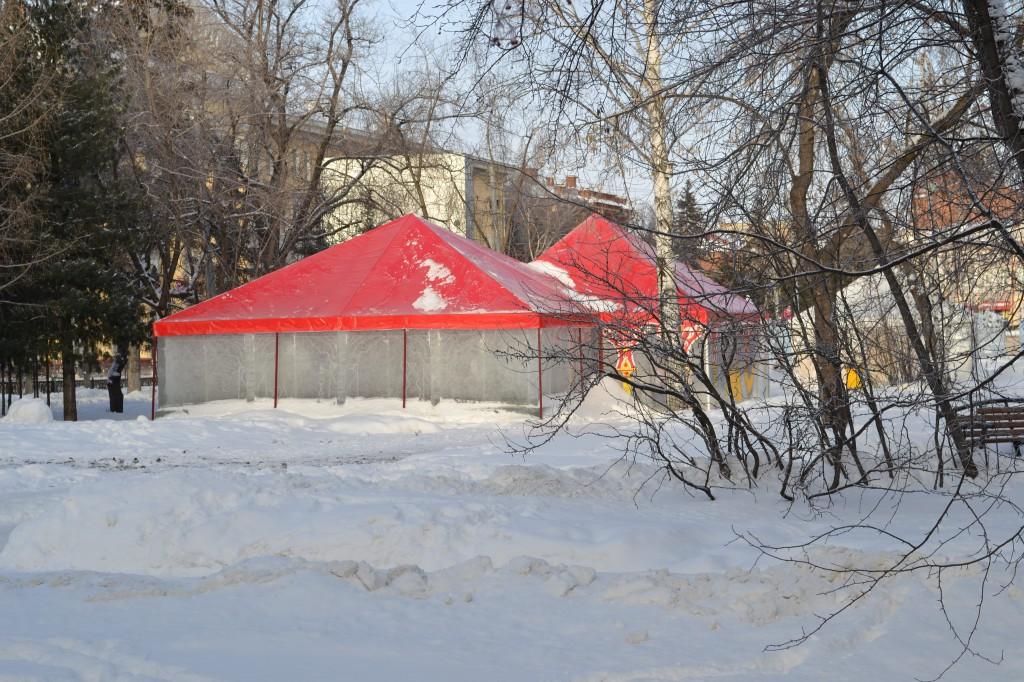 Производство зимних шатров-павильонов для новогоднего городка